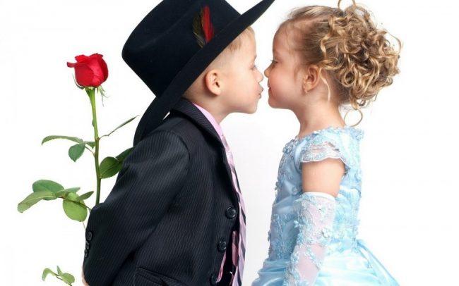 Părinți de băieți, analizați 3 diferențe între ei și fete. Să nu ziceți că nu v-am spus!:)